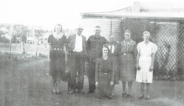 """Fig.3: Thomas Buirchell (second from left) farewelling son """"MIck"""" April 1941"""